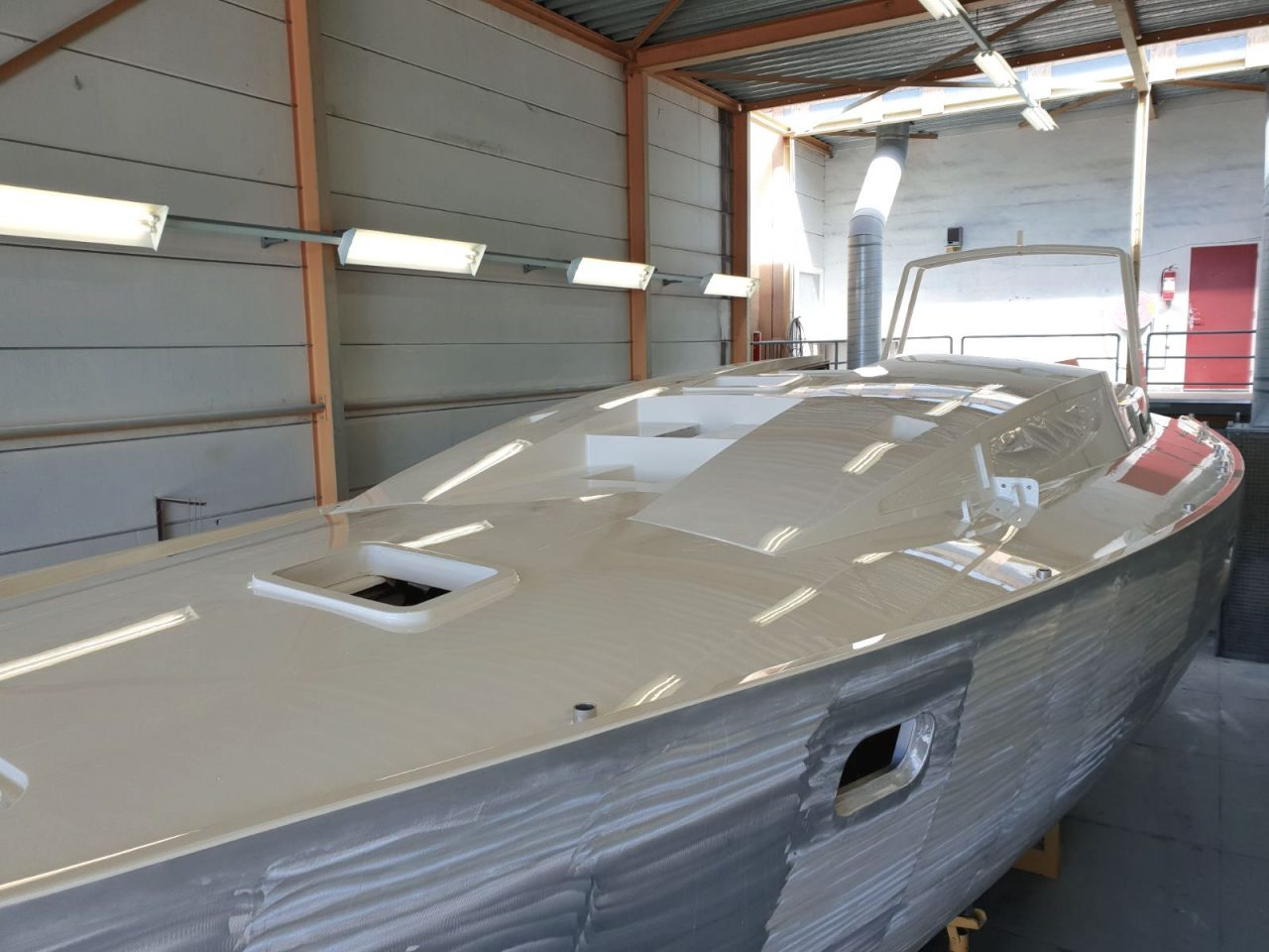 aluminium 47 explorer yacht tipsy tuna built by Hutting Yachts