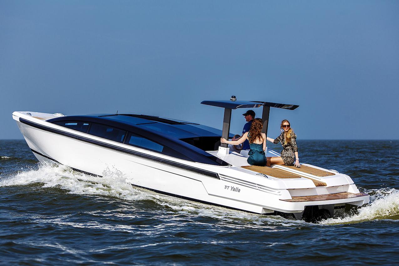 Tender motor yacht tt yalla