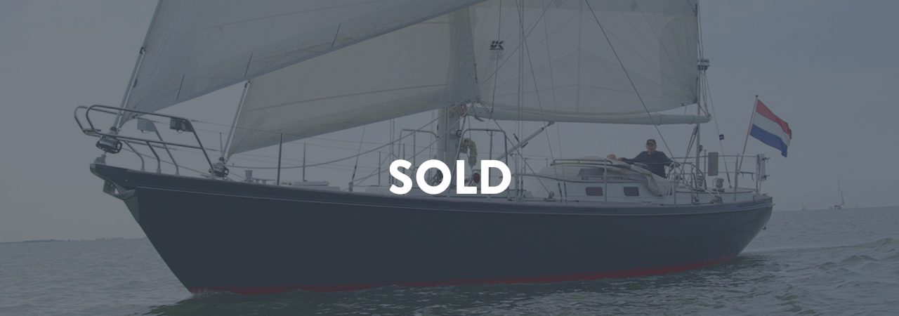 Hutting 40 Coelacanth sold