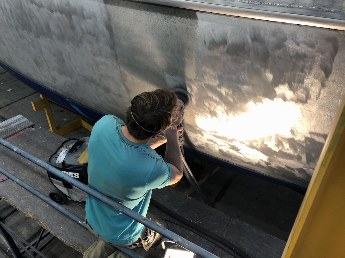Explorer zeiljacht reparatie
