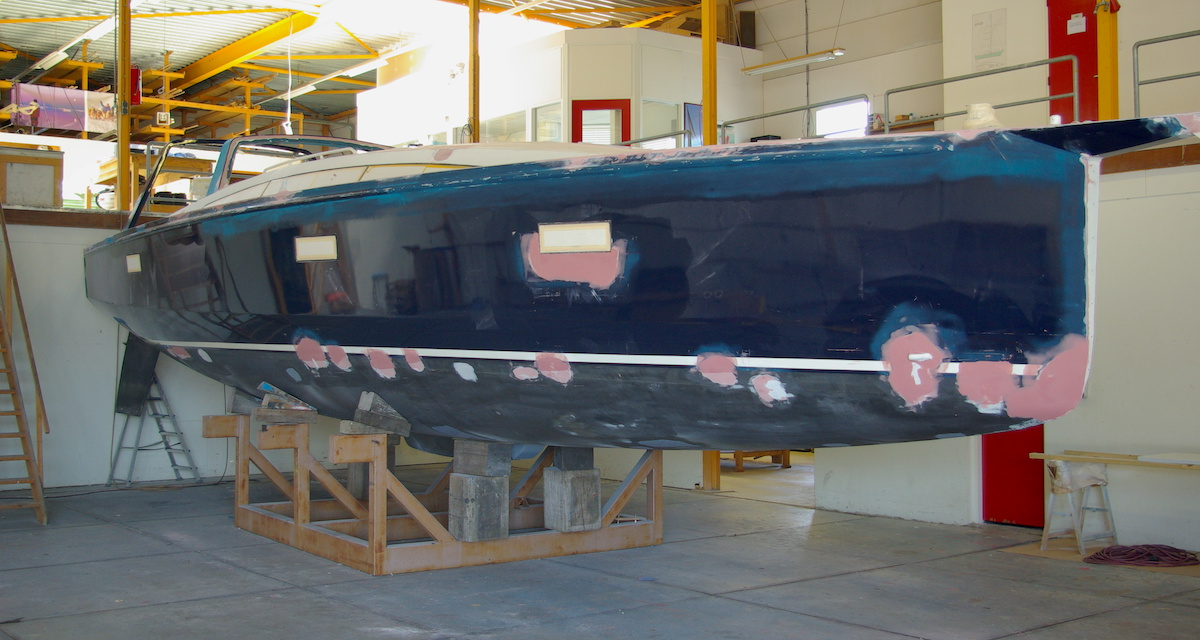 aluminum sailing yacht before refit and after inspection