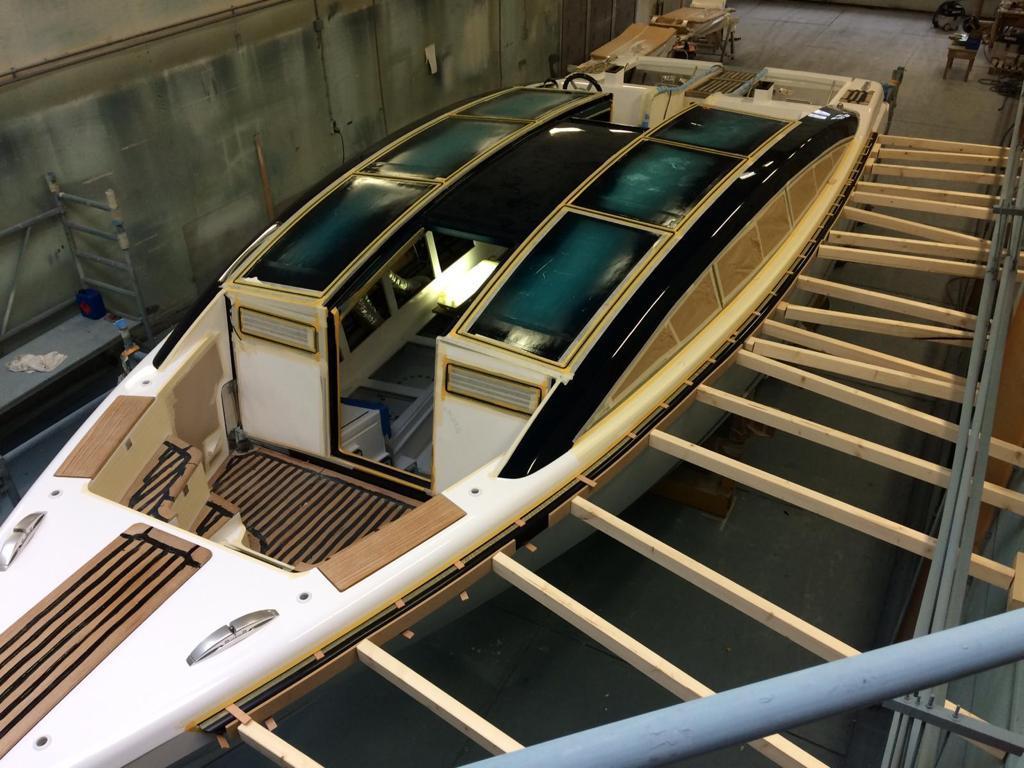 teakdek reparatie refit tender hutting yachts